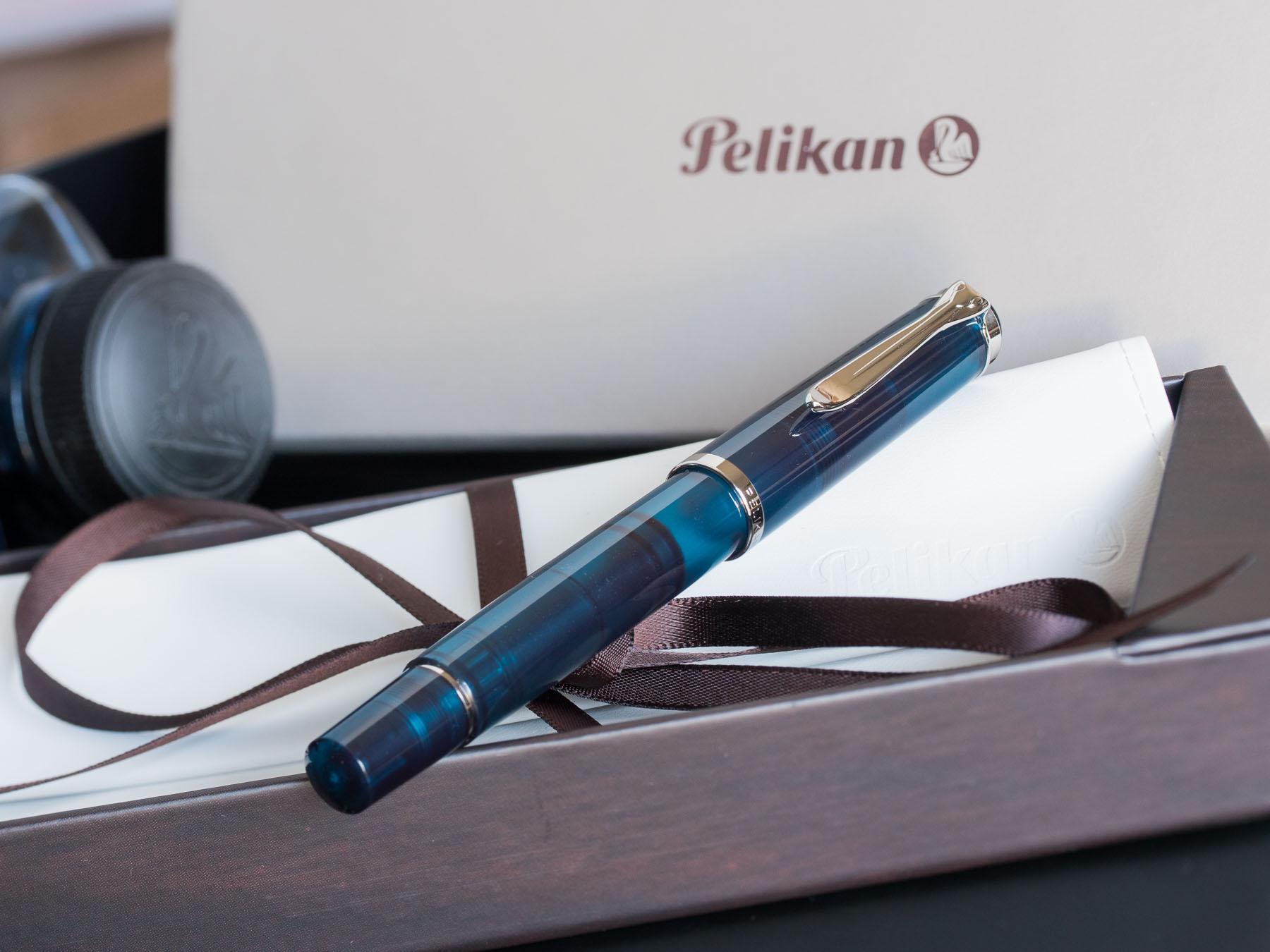 pelikan_m205_aquamarine_fountain_pen_low_res-21