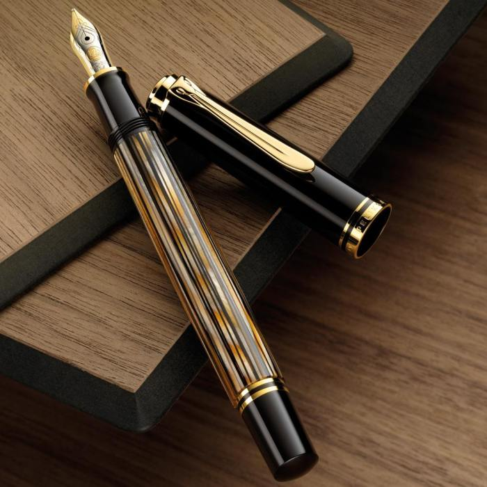 pelikan_m400_tortoise_brown_fountain_pen