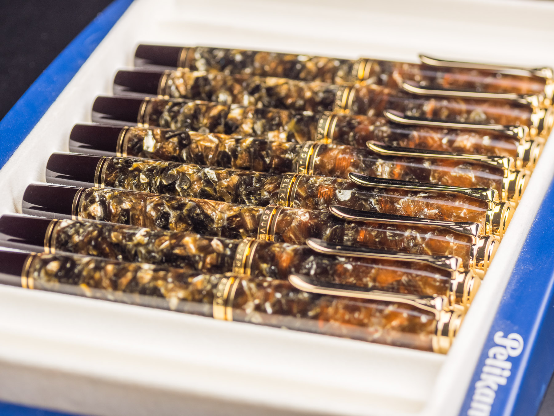 pelikan_m800_renaissance_brown_fountain_pen-22