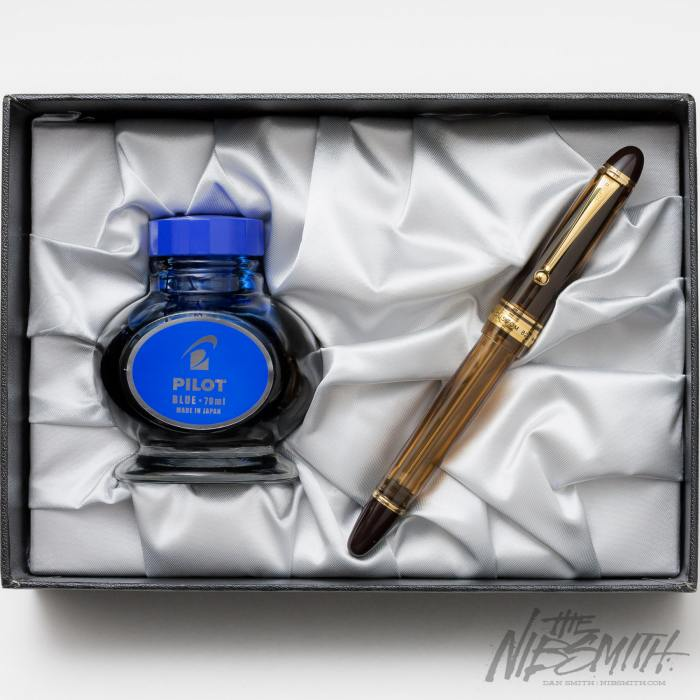 pilot_custom_823_fountain_pen_nibsmith-35