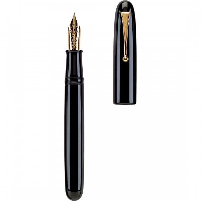 Medium Point NEW in box Namiki Emperor Urushi Collection Fountain Pen Black