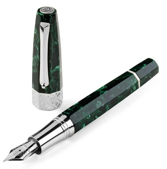 Montegrappa-Extra-Otto-Malachite-Green-Limited-Edition-Fountain-Pen
