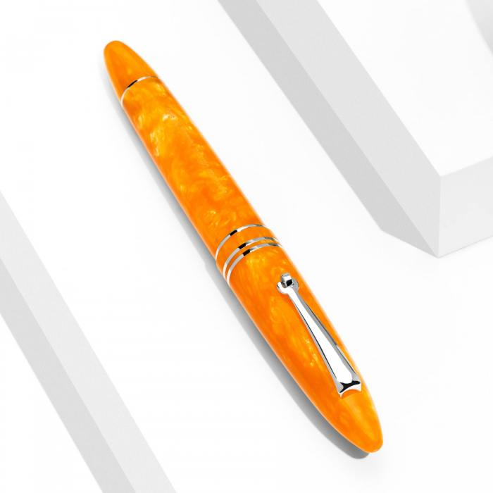 leonardo-furore-arancio-rhodium-fountain-pen