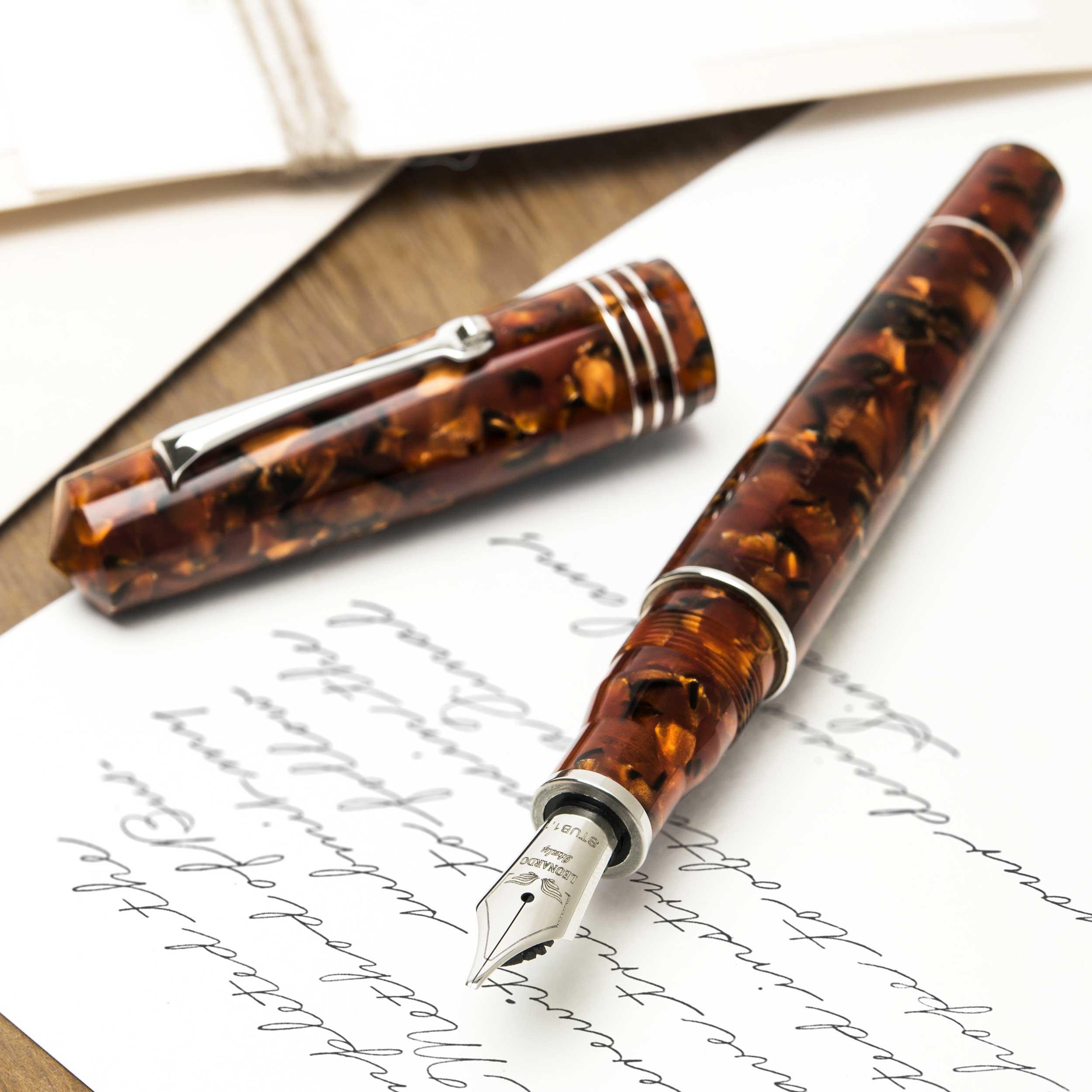 leonardo-momento-zero-grande-copper-fountain-pen-open1-nibsmith
